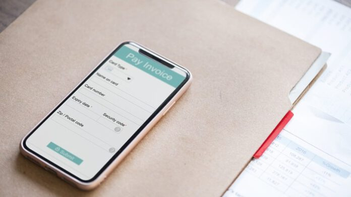 App to Create an Invoice on Mobile Phone