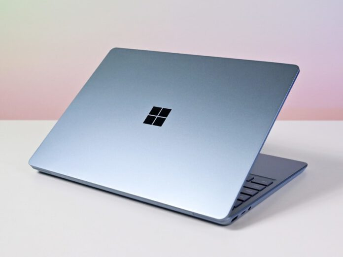 How to Screenshot on Microsoft Surface Laptop